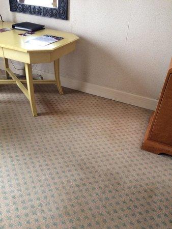 Crowne Plaza Hotel Jakarta: Room carpet
