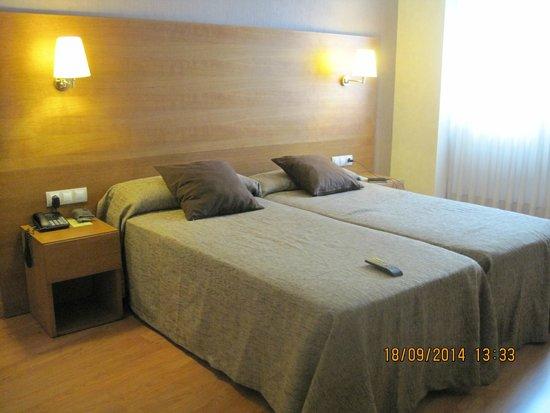 Hotel Don Paco: Habitacion