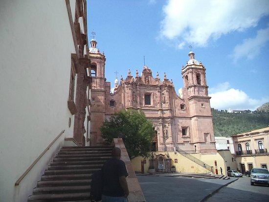 Terrasse Hotel: Iglesia de Santo Domingo