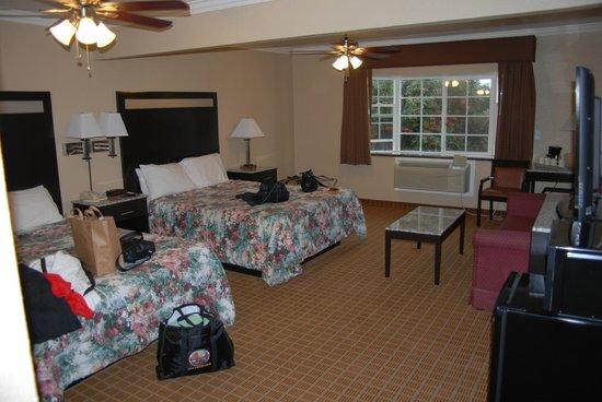 Sea Air Inn Morro Bay: Zimmer 121; 2-Bed Queensize