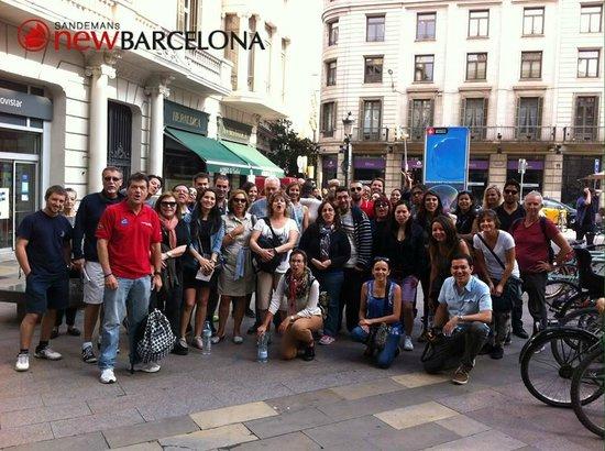 SANDEMANs NEW Europe - Barcelona : Antes de partir desde la plaza de Jaume I