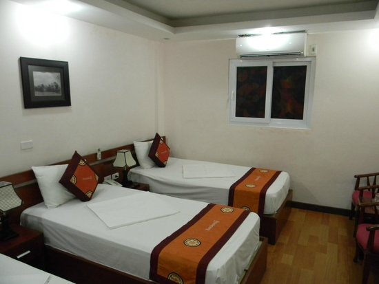 Hanoi Rendezvous Hotel: Rooms are large and spacious