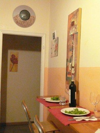 Ridolfi Guest House: preparing our own dinner at the B&B