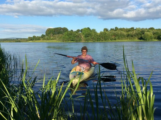 O'Brien's Bridge, Irlande : Canoeing
