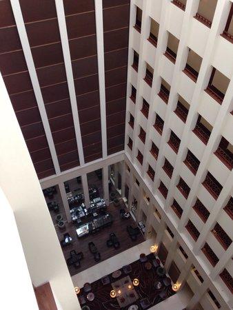 Berlin Marriott Hotel: atrium from 9th floor
