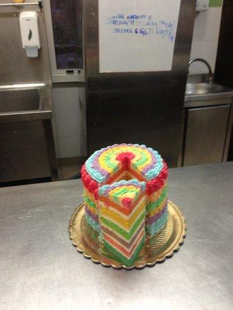 Bar Pasticceria Il Giglio: Rainbow  cake