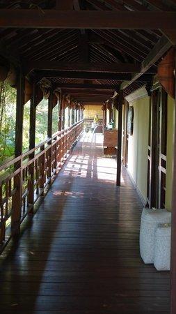 Lautan Kupu - Kupu Villas: Accès aux chambres