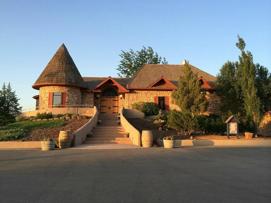 Carmela Winery Restaurant : Welcome to the Winery