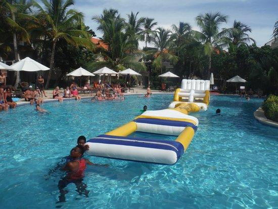 Dreams Palm Beach Punta Cana Activities At The Swimming Pool