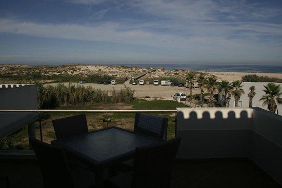 The Beachfront Apartments : Vista da varanda da Sala