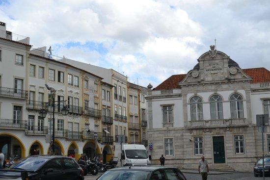Ibis Evora: Praça