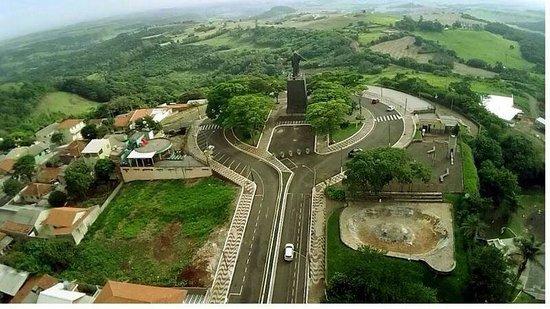 Cornelio Procopio: Monumento cristo rei