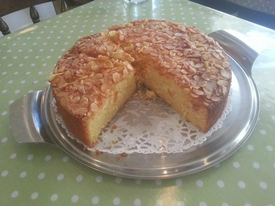 The Old Stables: Orange and Almond Cake