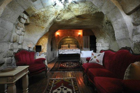 Cappadocia Castle Cave Hotel: Cave Suit