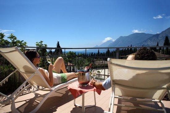 Hotel Benacus Malcesine: Top floor room