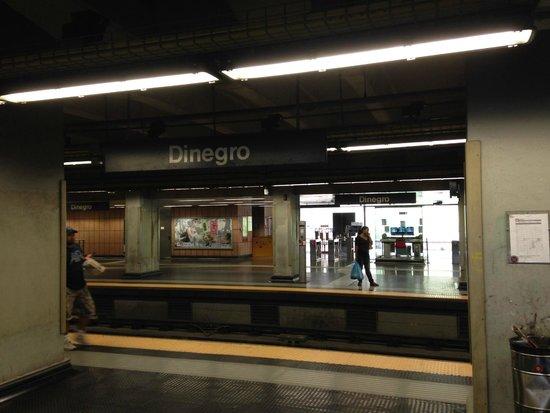 Holiday Inn Genoa City : le métro est tout prêt.