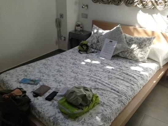 Hotel Palacio Alcazar : King Bed