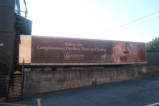 Barton 1792 Distillery : We didn't have to follow him, but he did get here sometime...