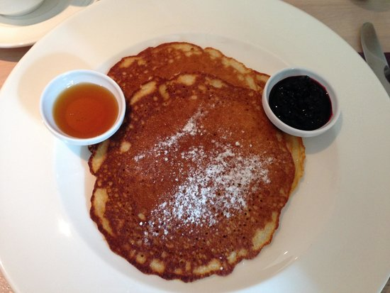 The House Hotel: Breakfast - pancakes