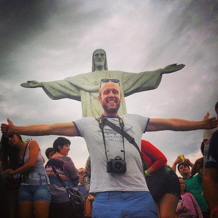 Luis Darin Tour Guide In Rio: Obligatory pic with Christ the Redeemer