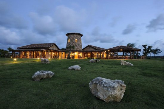 Royal Isabela: Beautiful nights at La Casa Restaurant