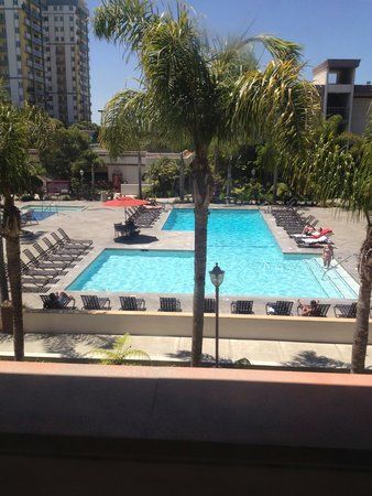 Oakwood Apartments Marina Del Rey: The pool from inside the gym.