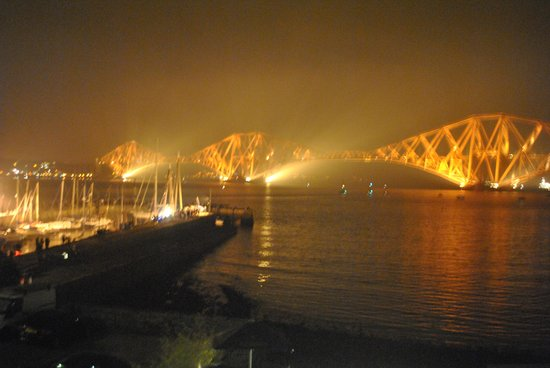 Orocco Pier : The Forth Rail Bridge from our room.