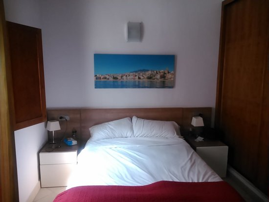 Happyvila Apartments: cuarto de matrimonio