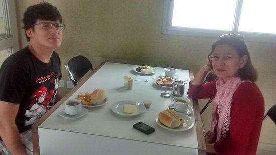 Banri Hotel: Área do café da manhã