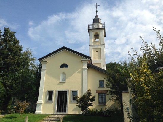 Cascina Incocco : Formerly a church, now breakfast room