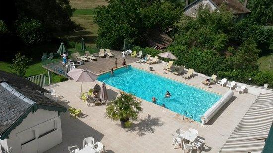 Hotel et Villa des Bains & Spa: La piscine extérieure