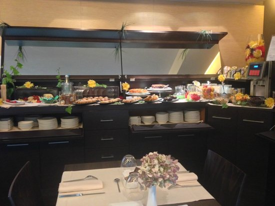 Villa dei Platani Boutique Hotel & Spa: Buffet Breakfast