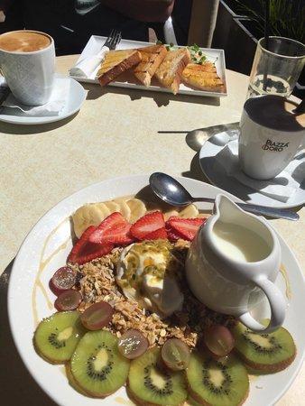 Cafe Injoy