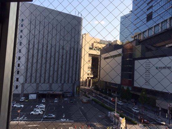 Hotel Landmark Umeda: 窓からの風景