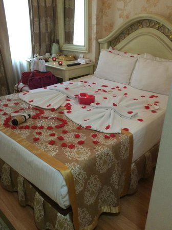 White House Hotel Istanbul: Romantic welcome