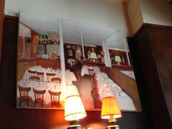 A la Biche au bois : Cute artwork adorns the walls