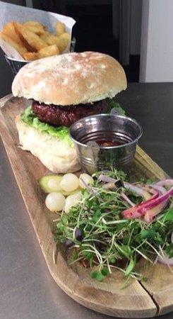 Strickland Arms: strick burger