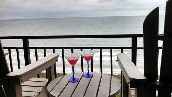 Ocean Forest Plaza: Evening drinks