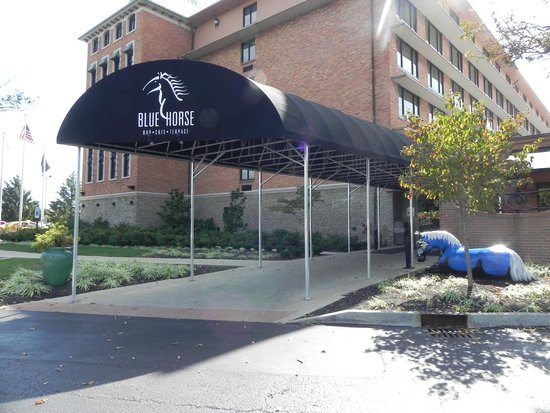 Crowne Plaza Hotel Louisville-Airport KY Expo Center: Blue Horse Restaurant
