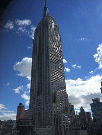 Hampton Inn Manhattan-35th St/Empire State Bldg: View from room 2003, 20th floor.