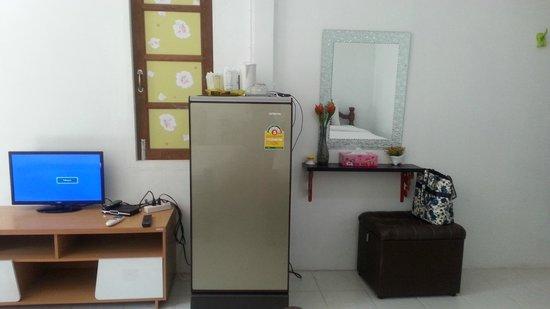 Sawasdee Coco Bungalows: ตู้เย็นไม่มีน้ำดิ่มให้