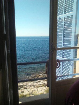 Villa Thalassa (Relais Internationale de la Jeunesse): Vista desde la habitación