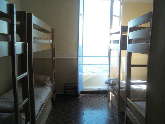 Villa Thalassa (Relais Internationale de la Jeunesse): Habitación para mujeres