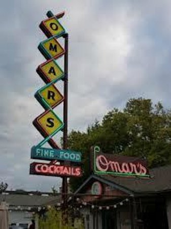Omar's Fresh Seafood and Steaks: The colors are drawing me in
