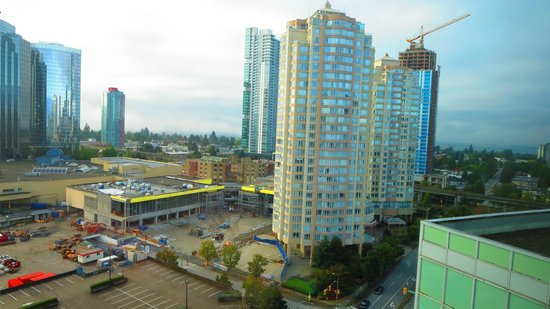 Hilton Vancouver Metrotown: Looking SW from room 1706