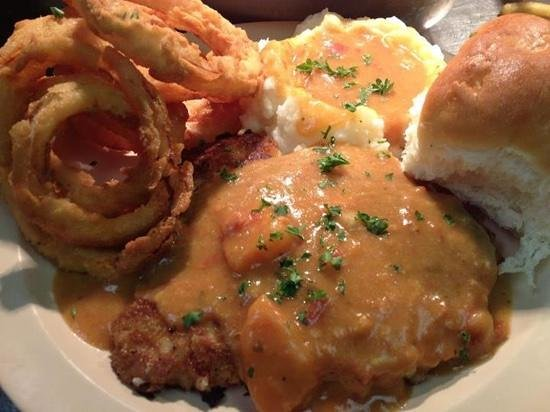 Rooster's: creole tomato gravy..for real!