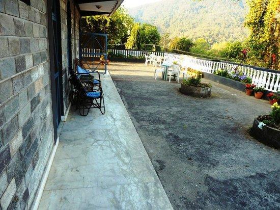 Sacred Valley Inn Pokhara: The roof terrace