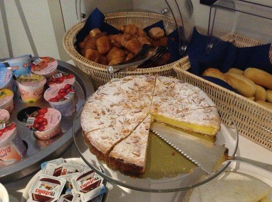 Hotel Souvenir: part of the breakfast buffet