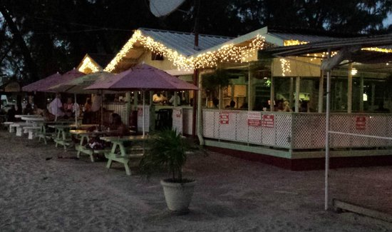Surfside Restaurant & Beach Bar: dall'esterno