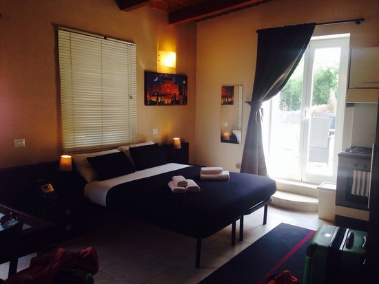 Aurelia Vatican Apartments: Das Zimmer